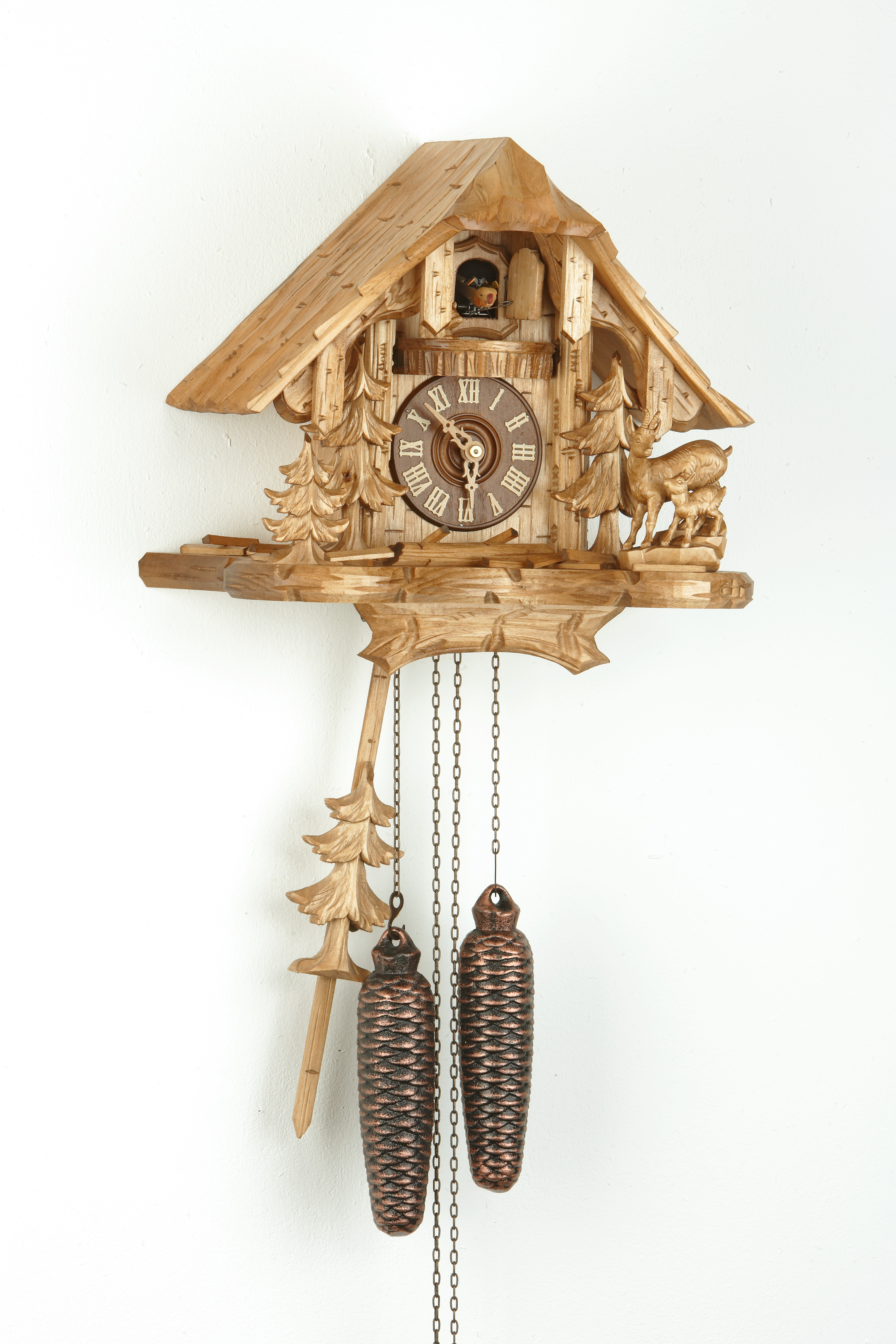 8 tage kuckucksuhr schwarzwaldhaus mit gams familie und